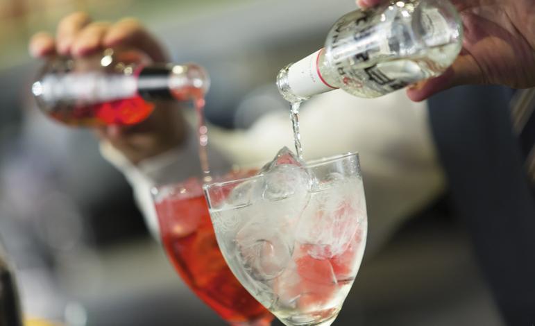 El Perfect Serve y otros rituales de la coctelería